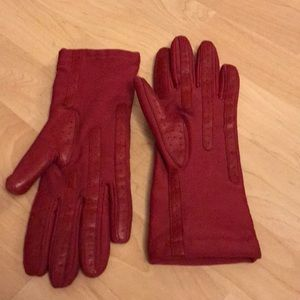 EUC thinsulate lined red neoprene gloves women's